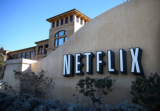 NetFlix Reports Quarterly Earnings